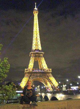Kit, Eiffel Tower